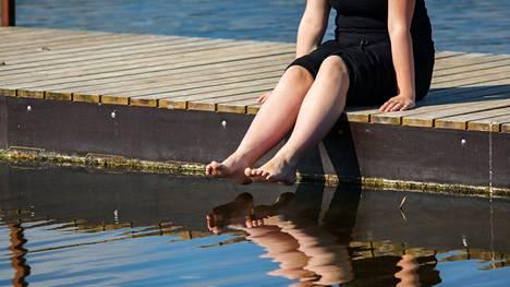 Stressi näkyy aivoissa ja ajattelussa. Siksi lomalla voi olla hyvä laiskotella tekemättä mitään.