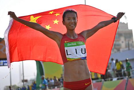 Liu Hong juhli olympiakultaa Riossa.