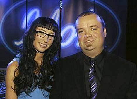 Niina Herala juontaa ja Sami Pitkämö tuomaroi seuraavaa Idolsia.