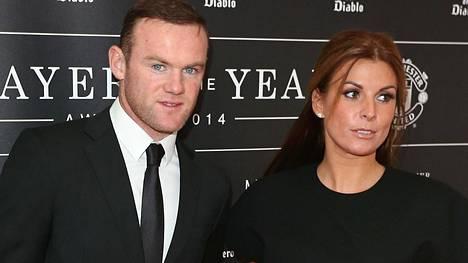 Rooneyn myrskyisä avioliitto on kestänyt jo 11 vuotta.
