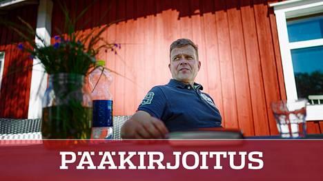 Petteri Orpolla on ollut kesämökillä aikaa ajatella ja parantua sydäninfarktista.