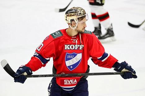 Aaltonen edusti IFK:ta edellisellä Suomen-kaudellaan 2016–17.
