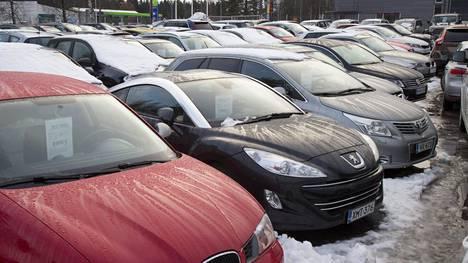 Monien liikennepsykologienkin mukaan omaa liikennekäyttäytymistään voi muokata vaihtamalla ajoneuvonsa brändiä ja mallia. Tämä johtuu siitä, että eri brändimielikuvat lietsovat ja lieventävät osittain erilaisia taipumuksia.