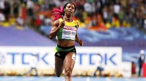Shelly-Ann Fraser-Pryce voitti Moskovan MM-kisoissa 100 metrin lisäksi myös 200 metrin mestaruuden.