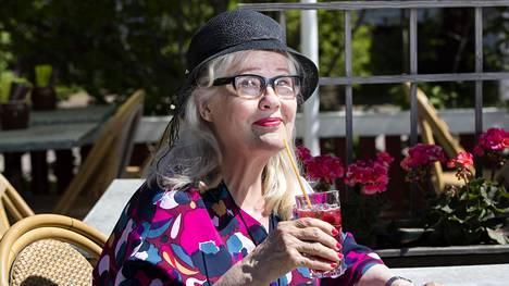 Korona pakotti Maija-Liisa Peuhun jättämään työnsä Salatuissa elämissä.