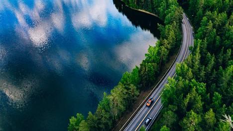 Mihinkäs päin Suomea sitä ollaan matkalla?