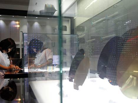 Samsungin sirutehdas ei vedä puoleensa aseistettuja ryöstäjiä.