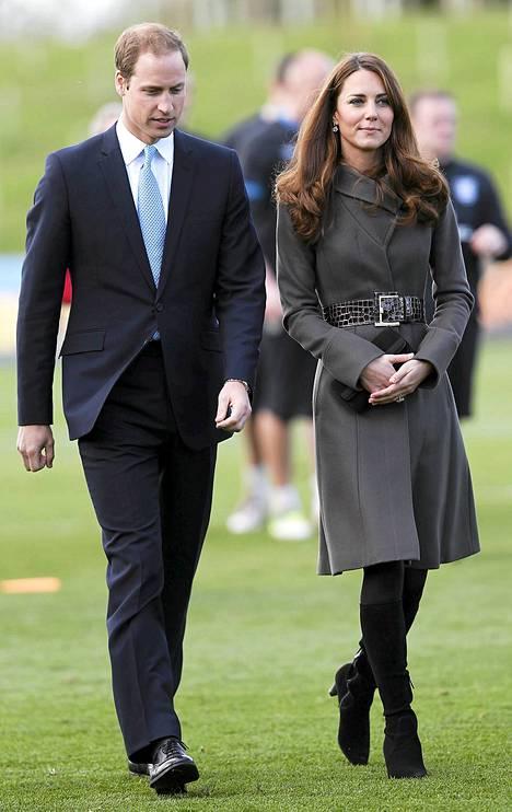 William ja Catherine seurasivat 9. lokakuuta Brittien jalkapallomaajoukkueen harjoituksia.