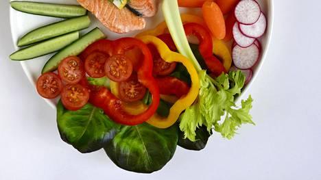 Tärkeintä on syödä kasviksia tarpeeksi, vähintään kuusi annosta päivässä.