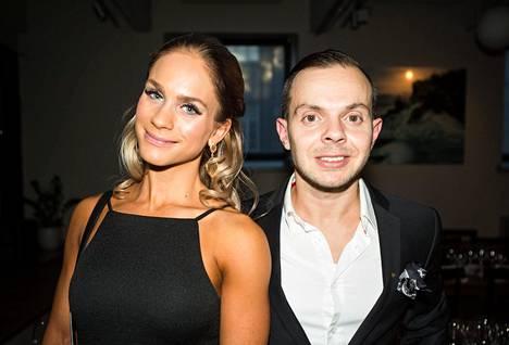Eevi Teittinen ilmoitti blogissaan viime viikolla, että hän ja Uniikki ovat eronneet.