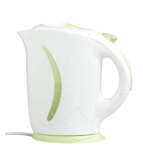 On tärkeää ottaa tavaksi tyhjentää vedenkeitin aina kokonaan vedestä joka käyttökerran jälkeen.