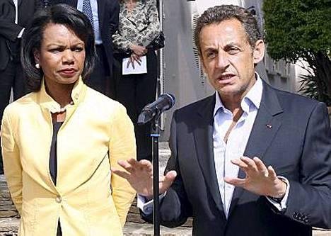Rice saapui tänään Ranskaan keskustelemaan Georgian ja Venäjän konfliktista Sarkozyn kanssa. Ricen mukaan on aika saada kriisi päätökseen.