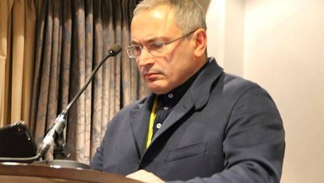 Mihail Hodorkovski puhui Avoin Venäjä -kansanliikkeen tilaisuudessa Helsingissä.
