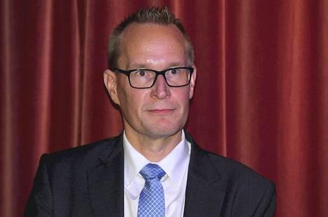 Eduskuntatutkimuksen keskuksen johtaja Markku Jokisipilä.