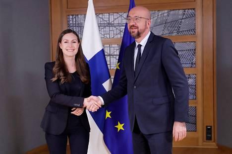 Pääministeri Sanna Marinin toivotti tervetulleeksi Eurooppa-neuvoston belgialainen puheenjohtaja Charles Michel.