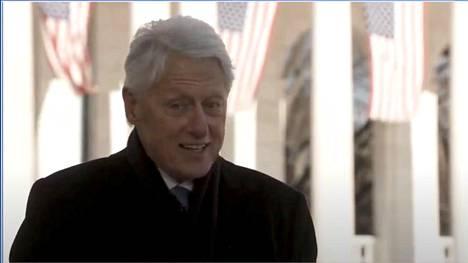 Ex-presidentti Bill Clinton toivotti onnea presidentti Bidenille.