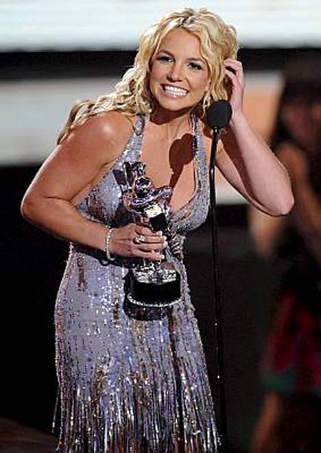 Britney häkäisi MTV Video Music Awardseissa Los Angelesissa.