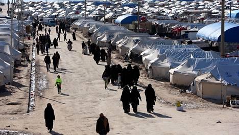 Al-Holin leirillä on ulkoministeriön mukaan vielä alle 10 suomalaista aikuista ja noin 20 suomalaista lasta.
