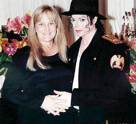 Debbie Rowe ja Michael Jackson menivät naimisiin vuonna 1996.