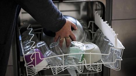 8 asiaa, joita ei saa pestä astianpesukoneessa