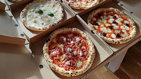 Jari Ontronen innostui napolilaisen pizzan valmistamisesta ja opetteli tekniikan.