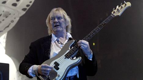 Yes-basisti ja perustajajäsen Chris Squire on kuollut. Kuva bändin Helsingin-keikalta kesäkuulta 2004.