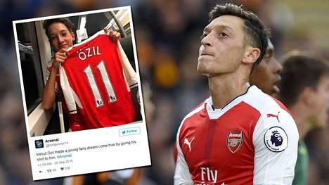 Mesut Özil ilahdutti nuorta fania.