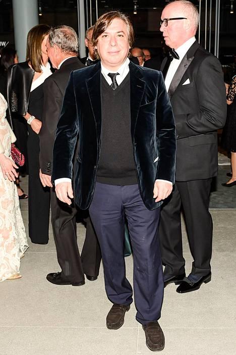 Taiteilija George Condo on edelleen naimisissa vaimonsa Annan kanssa.