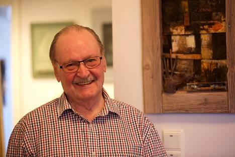 Nässling on ollut vapaa taiteilija vuodesta 1985 lähtien.