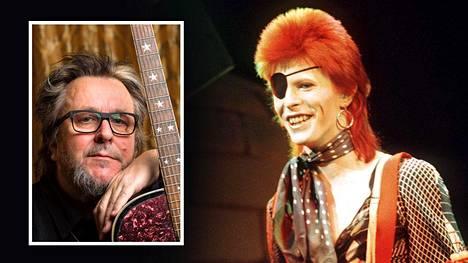 Heikki Harma muun muassa Bowien Life on Mars -kappaleen nimellä Sudenkorento.