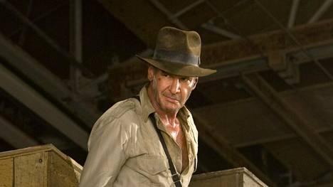 Harrison Ford palaa Indiana Jonesin rooliin.