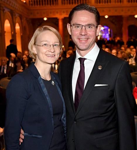 Jyrki Kataisen puoliso Mervi Katainen on kokoomuksen eduskuntavaaliehdokkaana Uudellamaalla.