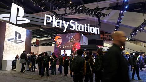 Sony oli näyttävästi esillä Game Developers Conference -tapahtumassa San Franciscossa maaliskuussa. Yhtiö kertoo jo nyt, ettei se aio pitää tulevasta konsolista suurta melua kesällä pidettävillä pelialan E3-jättimessuilla.