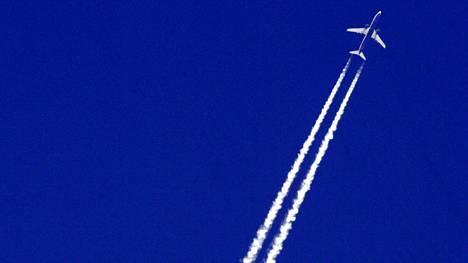 Lentoveroaloitetta perustellaan ilmastonmuutoksen hillitsemisellä.