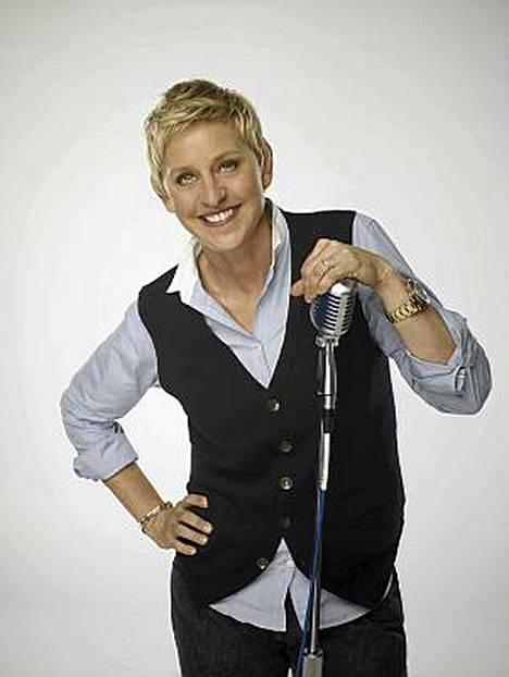Ellen DeGeneres jättää American Idolin vain yhden kauden jälkeen.