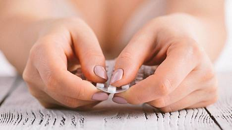 Ehkäisypillereihin liittyy valtava tiedon tarve, kertoo farmaseutti.