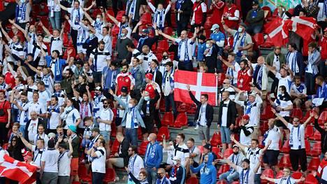 Suomalaiset fanit ovat saaneet ihailua ympäri maailman.