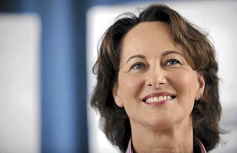 Segolene Royal pitää tietoa Dominique Strauss-Kahnin syytteestä tyrmistyttävänä.