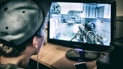 Call of Dutyja voi pelata kavereiden kanssa muita vastaan.