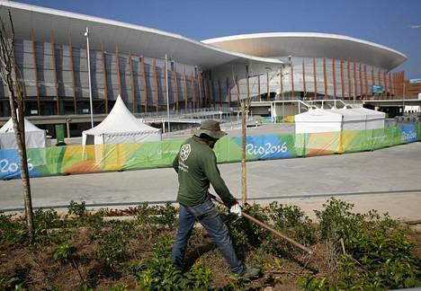 Arena Cariocan pihaa viimeistellään aivan olympialaisten alla.