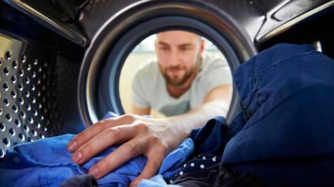 Pesukoneiden ominaisuuksia ei aina osata hyödyntää. Väärän pesuohjelman tai lämpötilan valitseminen voi vahingoittaa sekä tekstiilejä että konetta.