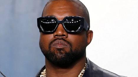 Kanye West kertoi tuoreella videolla suorasukaisen mielipiteensä.