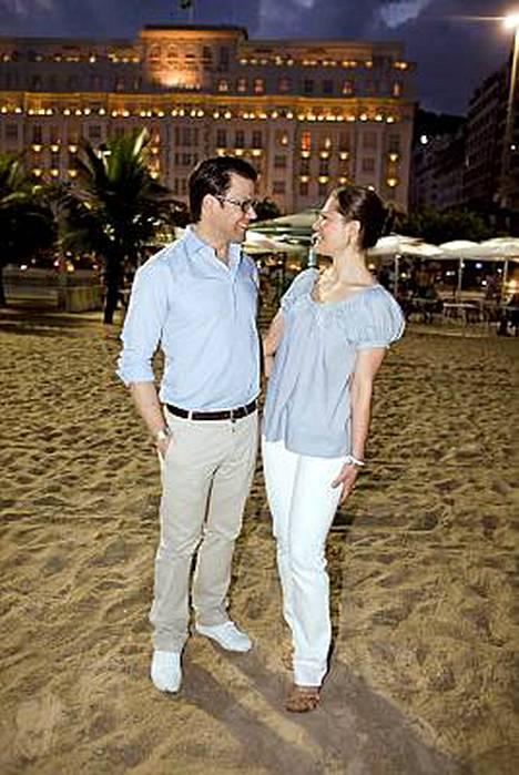 Ruotsin kruununprinsessa Victoria viettää ensimmäistä julkista lemmenlomaansa tulevan puolisonsa Daniel Westlingin kanssa Rio de Janeirossa.