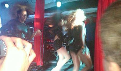 Beyoncén esitys oli pienessä klubitilassa samaa luokkaan kuin isommillakin areenoilla.