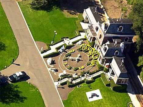 Popin kuningas Michael Jackson saa pitää Neverland-tilansa.