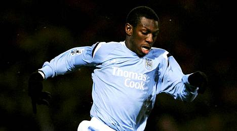 Shaun Wright-Phillips Manchester Cityn paidassa.