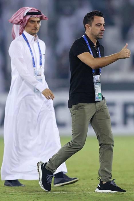 Espanjan entinen maajoukkuepelaaja Xavi luo valmennusuraa Qatarissa ja toimii MM-kisojen lähettiläänä.