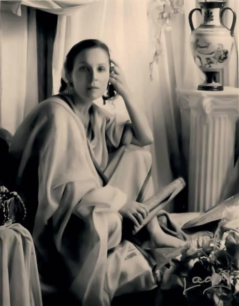 Sandra Balintia Lady kuvasi vuosikymmenen ajan muun muassa antiikin kreikkalaisena.