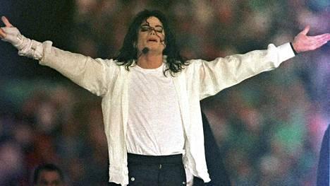 Michael Jacksonia syytetään Leaving Neverland -dokumentissa lasten seksuaalisesta hyväksikäytöstä.