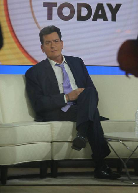 Charlie Sheen kertoi hiv-positiivisuudestaan Today Show -ohjelmassa.